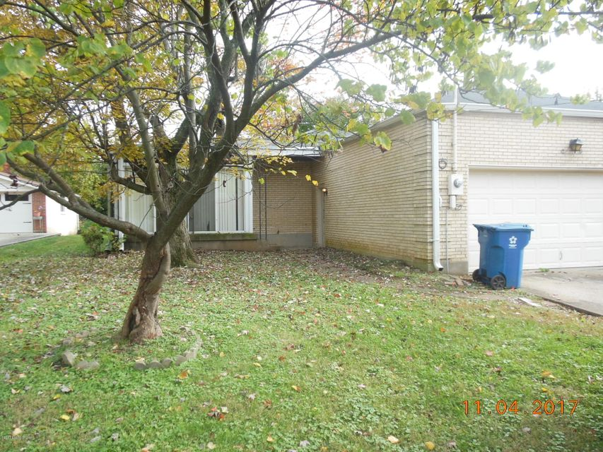 Additional photo for property listing at 4207 Landside Drive 4207 Landside Drive Louisville, Kentucky 40220 United States