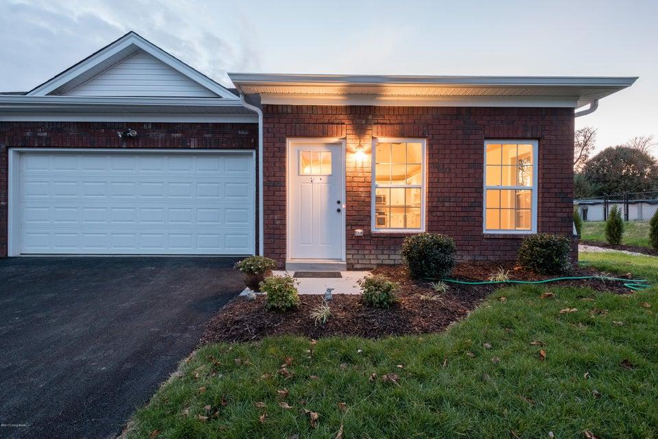 Condominium for Sale at 1511B E Crystal Drive 1511B E Crystal Drive La Grange, Kentucky 40031 United States