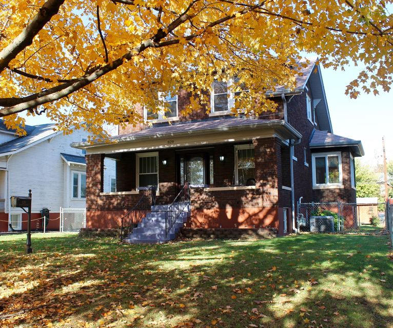 Single Family Home for Sale at 829 Eastern Pkwy 829 Eastern Pkwy Louisville, Kentucky 40217 United States