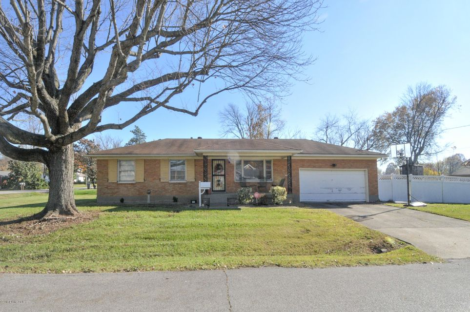 Single Family Home for Sale at 7501 Westbrook Road 7501 Westbrook Road Louisville, Kentucky 40258 United States
