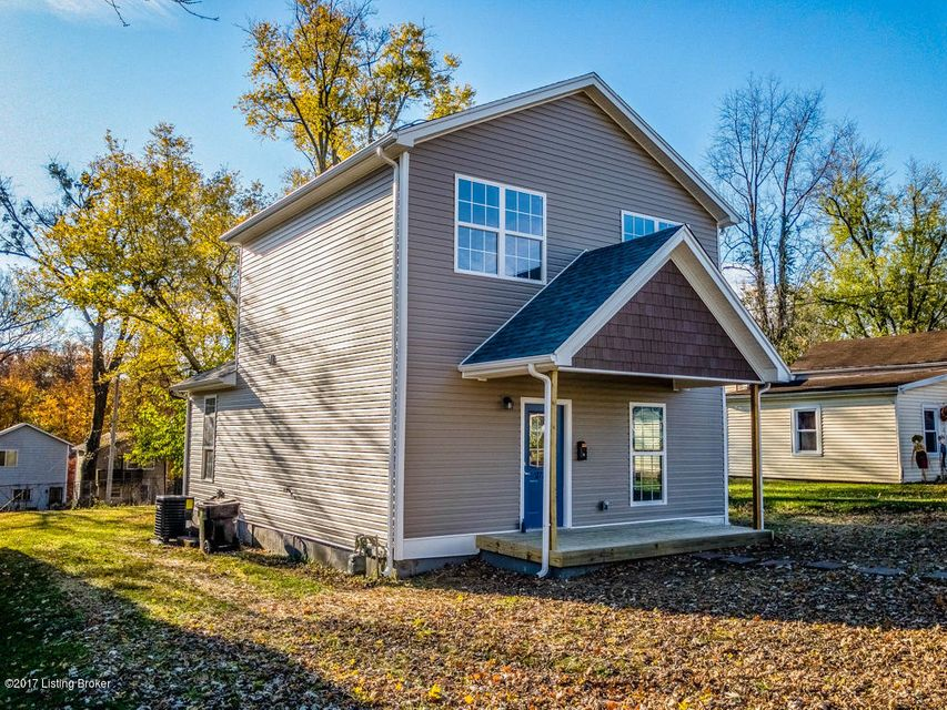 Single Family Home for Sale at 2732 Fleming Avenue 2732 Fleming Avenue Louisville, Kentucky 40206 United States