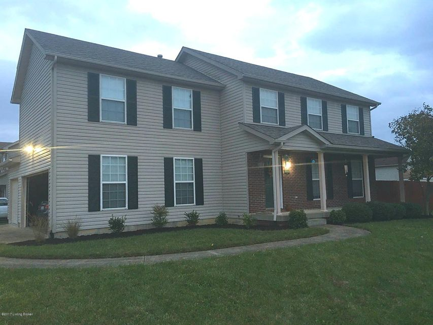 Additional photo for property listing at 6601 Timberbend 6601 Timberbend Louisville, Kentucky 40229 United States