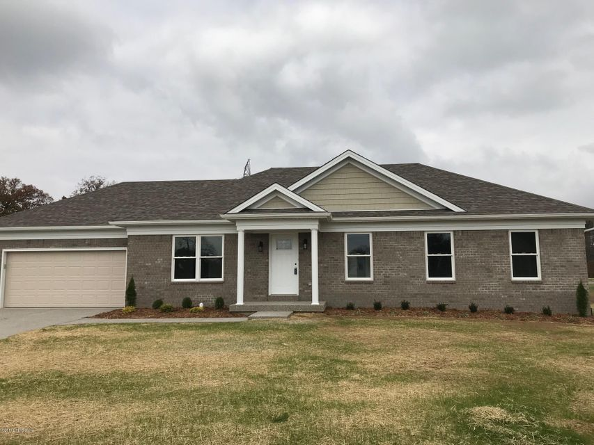 Single Family Home for Sale at 2901 Wade Lee Court 2901 Wade Lee Court Louisville, Kentucky 40216 United States