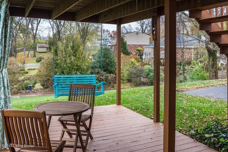 Single Family Home for Sale at 8503 Amerivan Drive 8503 Amerivan Drive Jeffersontown, Kentucky 40299 United States