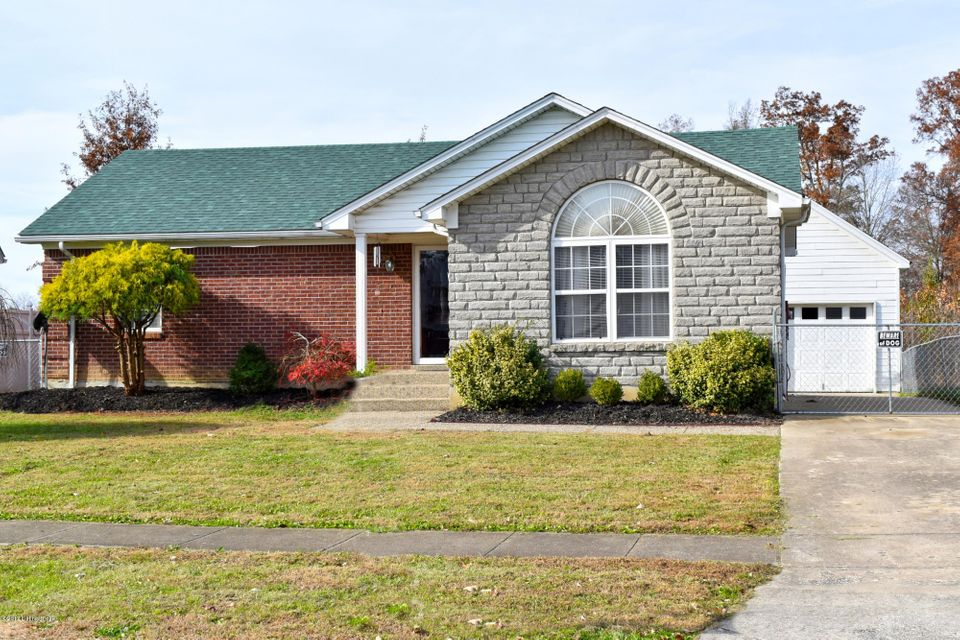 Single Family Home for Sale at 183 River Oaks Drive 183 River Oaks Drive Shepherdsville, Kentucky 40165 United States