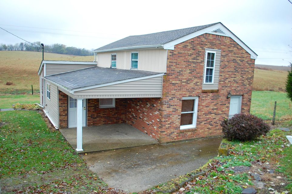 Single Family Home for Sale at 5190 Bloomfield Road 5190 Bloomfield Road Taylorsville, Kentucky 40071 United States