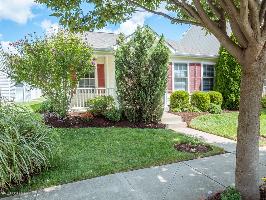 Single Family Home for Sale at 7035 Royal Links Drive 7035 Royal Links Drive Louisville, Kentucky 40228 United States