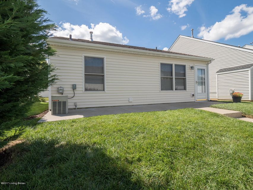 Additional photo for property listing at 7035 Royal Links Drive 7035 Royal Links Drive Louisville, Kentucky 40228 United States