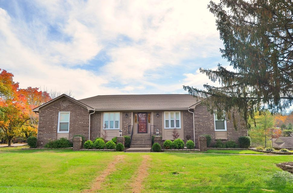 Single Family Home for Sale at 6920 Timber Crest Drive 6920 Timber Crest Drive Prospect, Kentucky 40059 United States