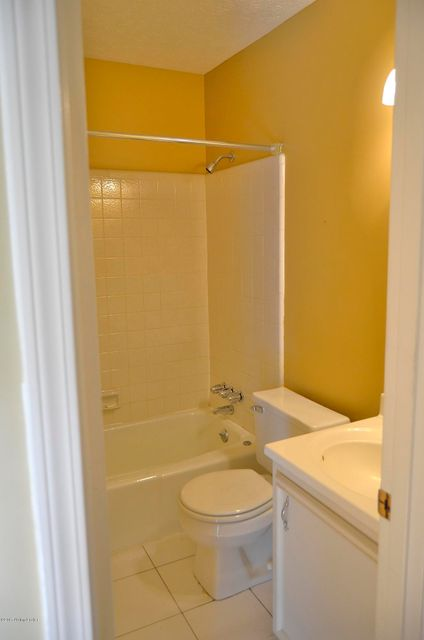 Additional photo for property listing at 6920 Timber Crest Drive 6920 Timber Crest Drive Prospect, Kentucky 40059 United States