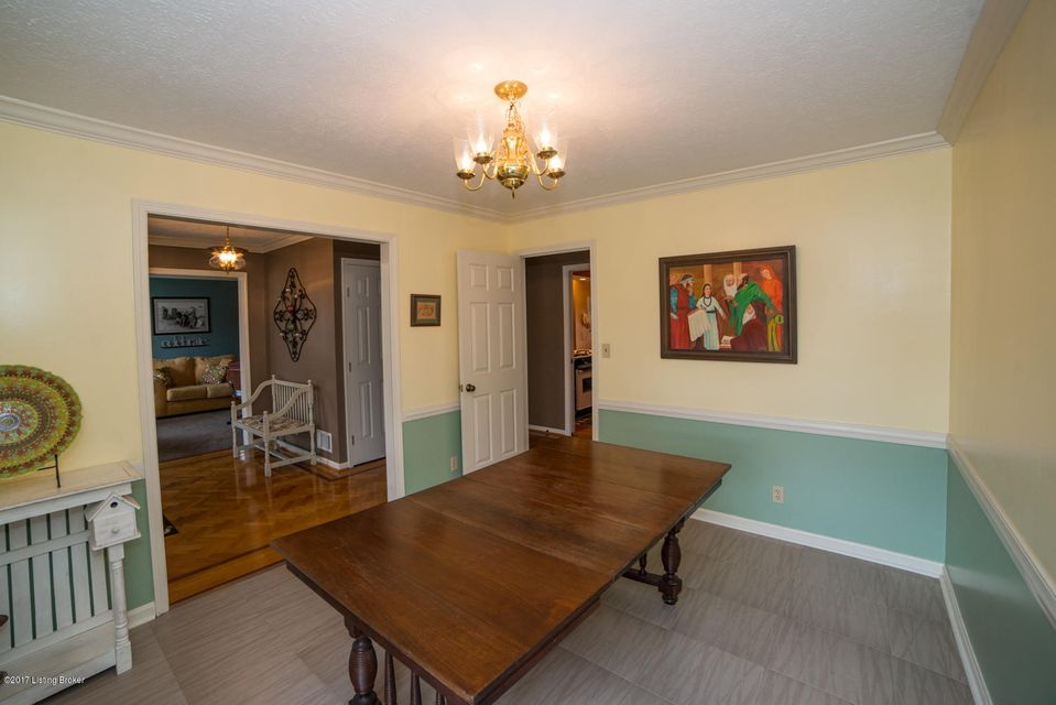 Additional photo for property listing at 2706 Windsor Forest Drive 2706 Windsor Forest Drive Louisville, Kentucky 40272 United States