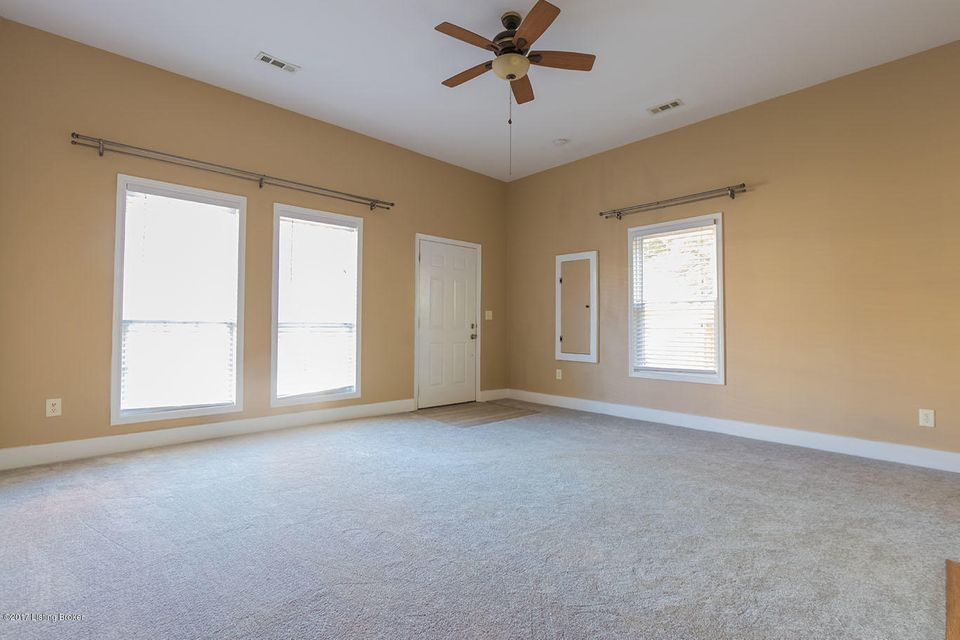 Additional photo for property listing at 726 E Kentucky Street 726 E Kentucky Street Louisville, Kentucky 40203 United States