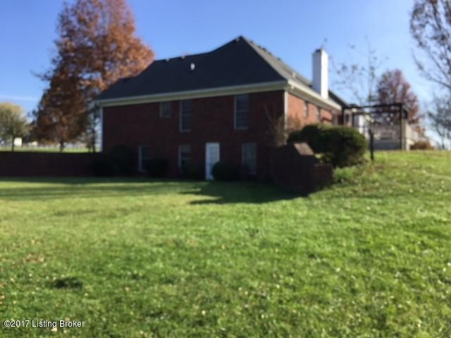 Additional photo for property listing at 4508 Brittany Lane 4508 Brittany Lane Crestwood, Kentucky 40014 United States