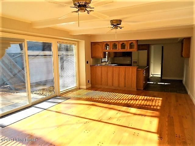 Additional photo for property listing at 6300 Regal Road 6300 Regal Road Louisville, Kentucky 40222 United States