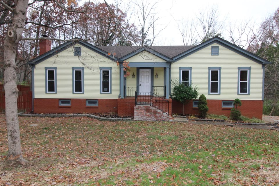 Single Family Home for Sale at 7518 Briarwood Drive 7518 Briarwood Drive Crestwood, Kentucky 40014 United States