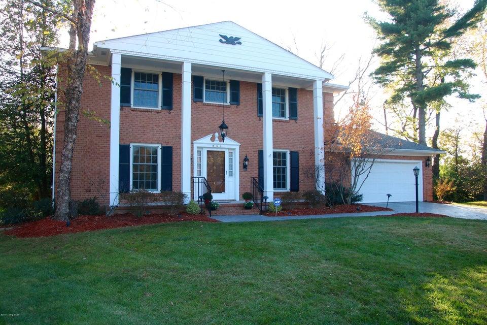 Single Family Home for Sale at 304 Paddington Court 304 Paddington Court Louisville, Kentucky 40222 United States