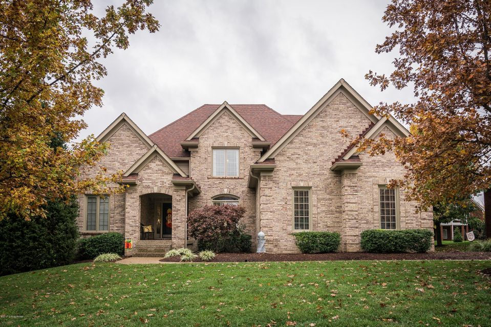 Single Family Home for Sale at 12818 Crestmoor Circle 12818 Crestmoor Circle Louisville, Kentucky 40059 United States