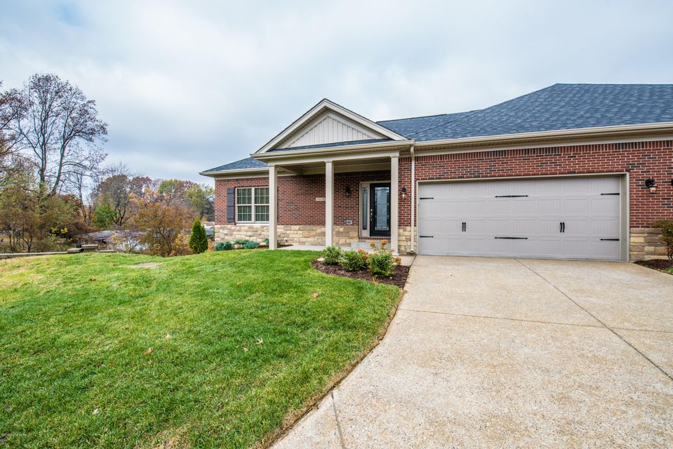 Condominium for Sale at 6410 Clover Trace Circle 6410 Clover Trace Circle Louisville, Kentucky 40216 United States