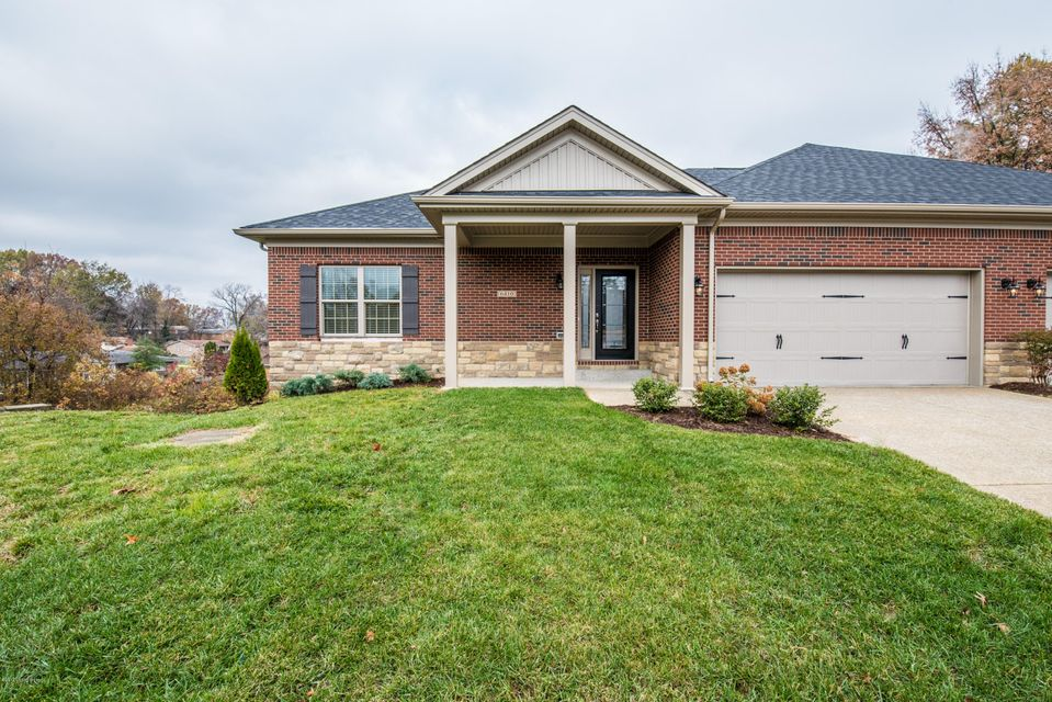 Additional photo for property listing at 6410 Clover Trace Circle 6410 Clover Trace Circle Louisville, Kentucky 40216 United States