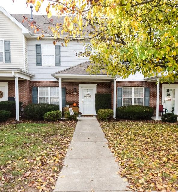 Condominium for Sale at 10516 Clayton Allen Blvd 10516 Clayton Allen Blvd Louisville, Kentucky 40229 United States