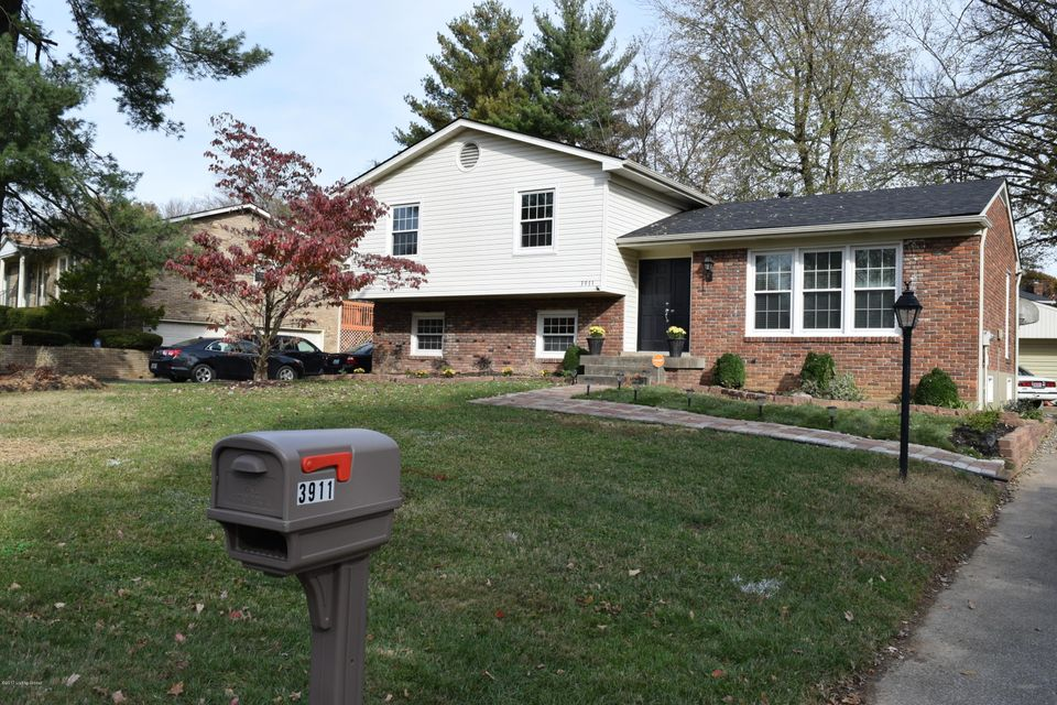 Single Family Home for Sale at 3911 San Marcos Road 3911 San Marcos Road Louisville, Kentucky 40299 United States