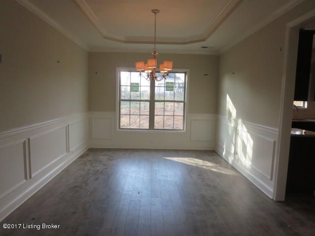 Additional photo for property listing at 208 Chestnut Grove Court 208 Chestnut Grove Court Louisville, Kentucky 40023 United States