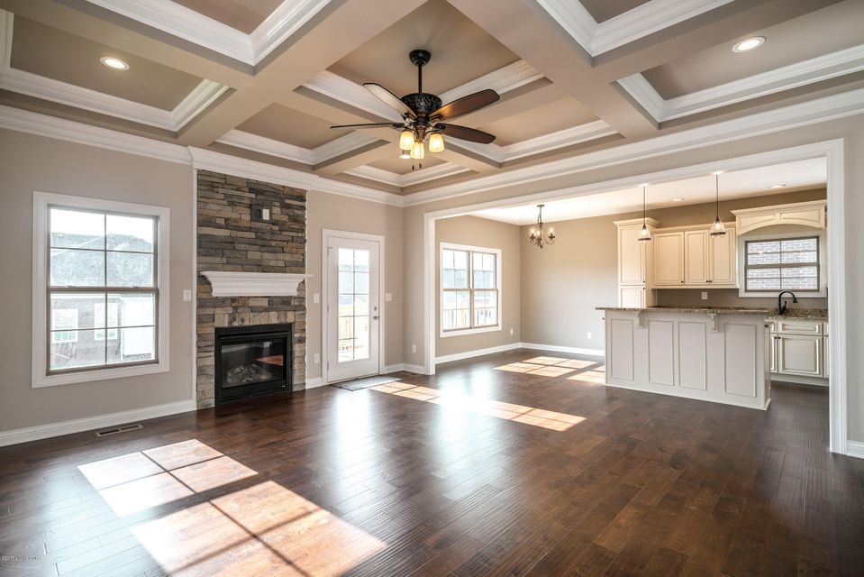 Additional photo for property listing at 354 Deep Creek Drive 354 Deep Creek Drive Shepherdsville, Kentucky 40165 United States