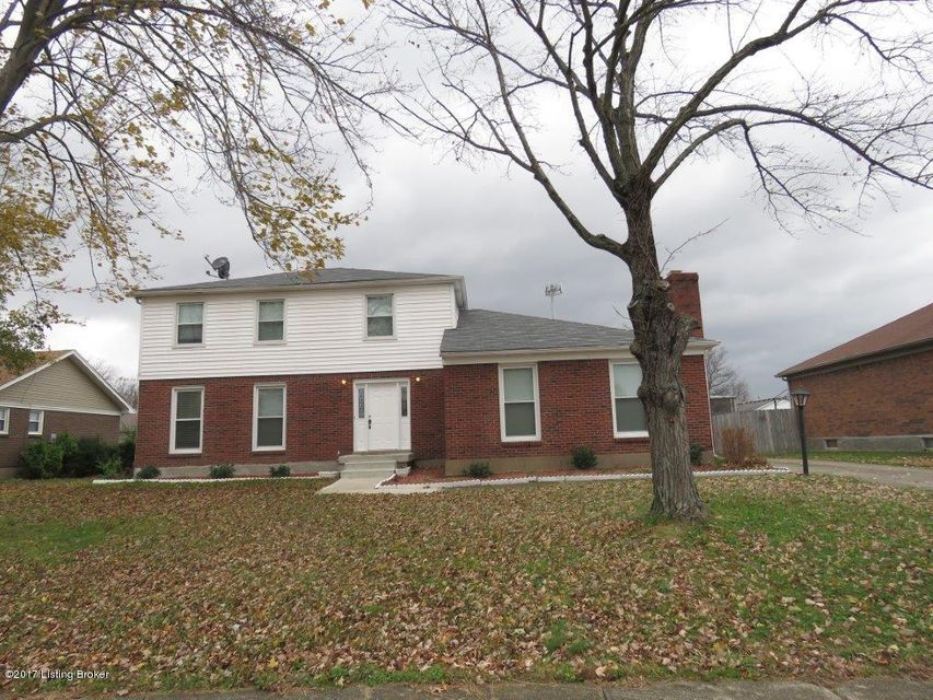 Single Family Home for Sale at 403 Old Towne Road 403 Old Towne Road Louisville, Kentucky 40214 United States