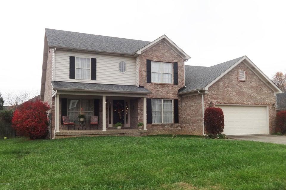 Single Family Home for Sale at 5606 Grandel Blvd 5606 Grandel Blvd Louisville, Kentucky 40258 United States