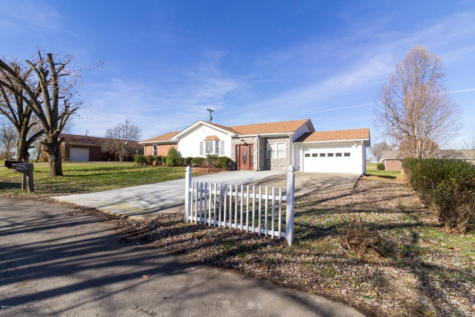 Single Family Home for Sale at 4204 Frances Drive 4204 Frances Drive Bardstown, Kentucky 40004 United States