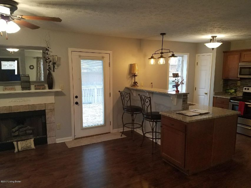 Additional photo for property listing at 7703 Legler Drive 7703 Legler Drive Louisville, Kentucky 40258 United States