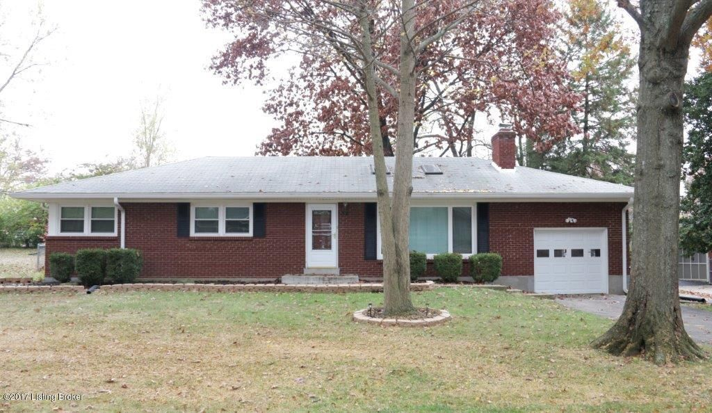 Single Family Home for Sale at 38 Narwood Drive 38 Narwood Drive Louisville, Kentucky 40299 United States
