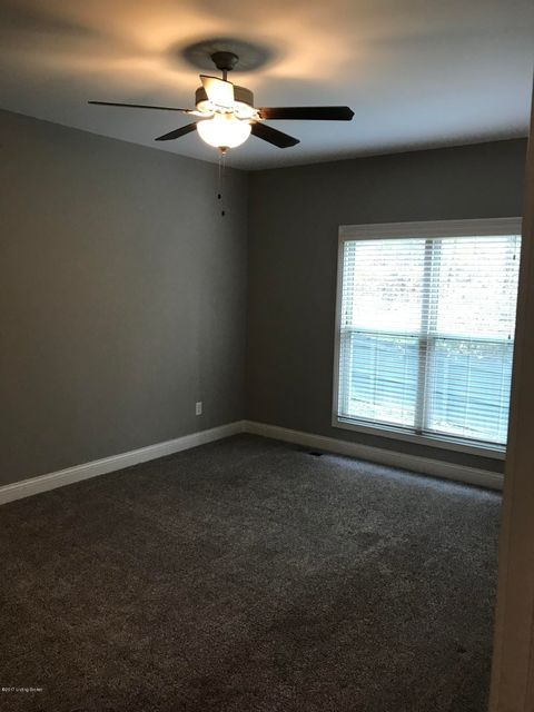 Additional photo for property listing at 205 Beckley Ridge Lane 205 Beckley Ridge Lane Louisville, Kentucky 40245 United States