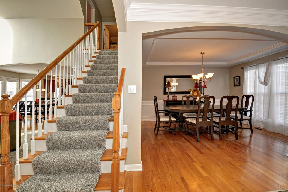 Additional photo for property listing at 4818 Bridle Bend Way 4818 Bridle Bend Way Louisville, Kentucky 40299 United States