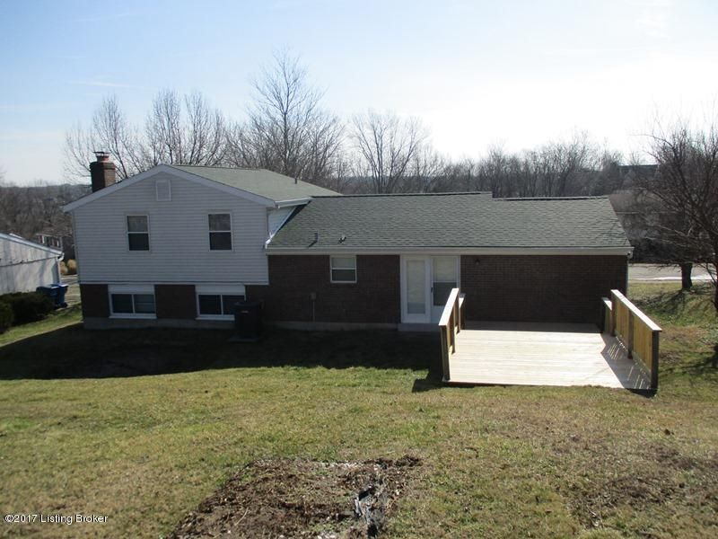 Additional photo for property listing at 9309 Plumwood Road 9309 Plumwood Road Louisville, Kentucky 40291 United States
