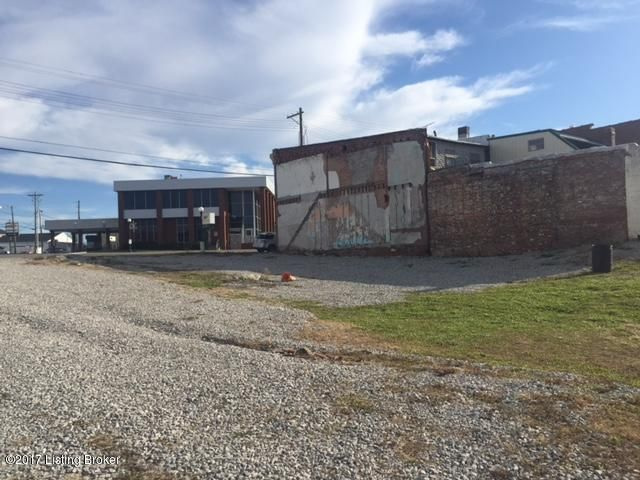 Additional photo for property listing at 5213 S South Main 5213 S South Main Eminence, Kentucky 40019 United States