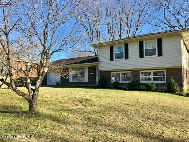 Single Family Home for Sale at 8411 Saberdee Drive 8411 Saberdee Drive Louisville, Kentucky 40242 United States