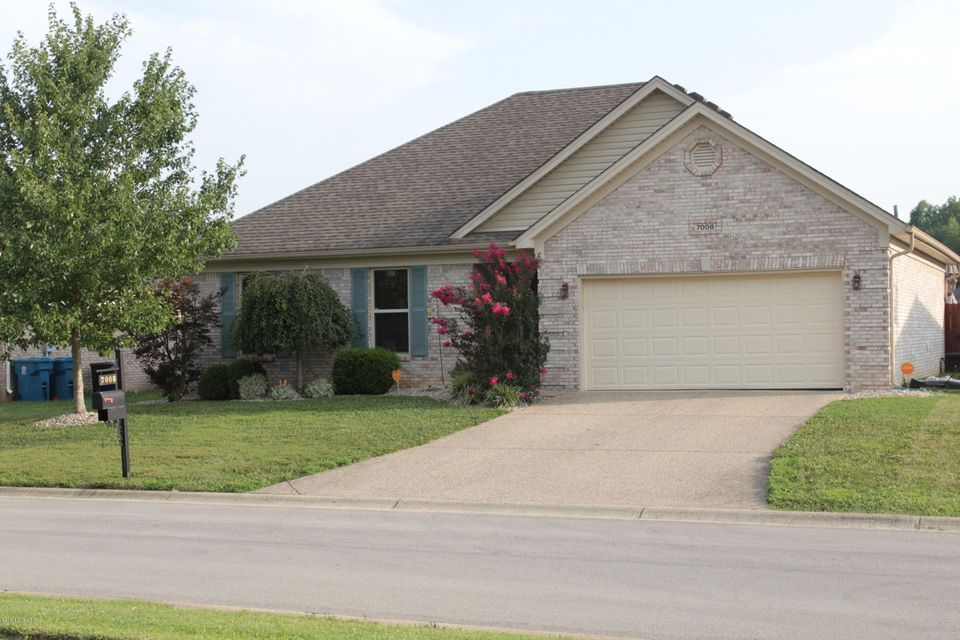 Single Family Home for Sale at 7008 Box Car Way 7008 Box Car Way Louisville, Kentucky 40272 United States