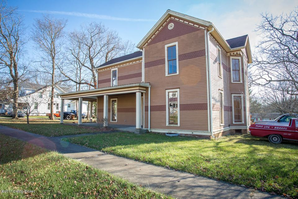 Single Family Home for Sale at 243 W Cross Main Street 243 W Cross Main Street New Castle, Kentucky 40050 United States