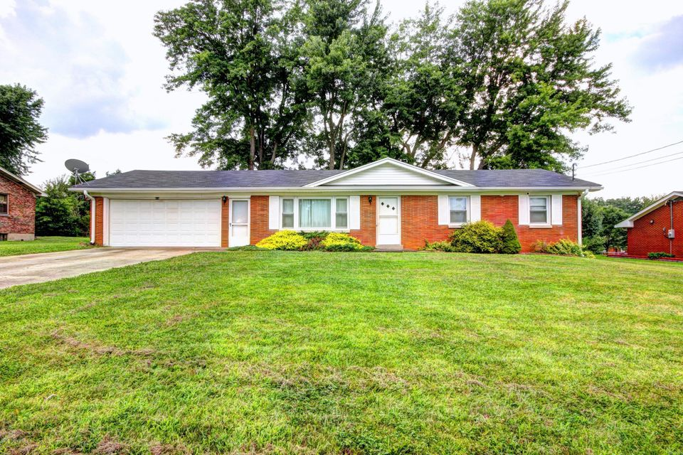 Single Family Home for Sale at 419 S Atcher Street 419 S Atcher Street Radcliff, Kentucky 40160 United States