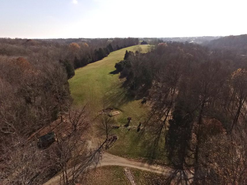 Additional photo for property listing at 20 Pea Ridge Road 20 Pea Ridge Road Waddy, Kentucky 40076 United States