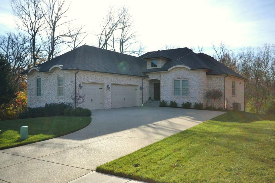 Single Family Home for Sale at 406 Ashworth Lane 406 Ashworth Lane Louisville, Kentucky 40245 United States