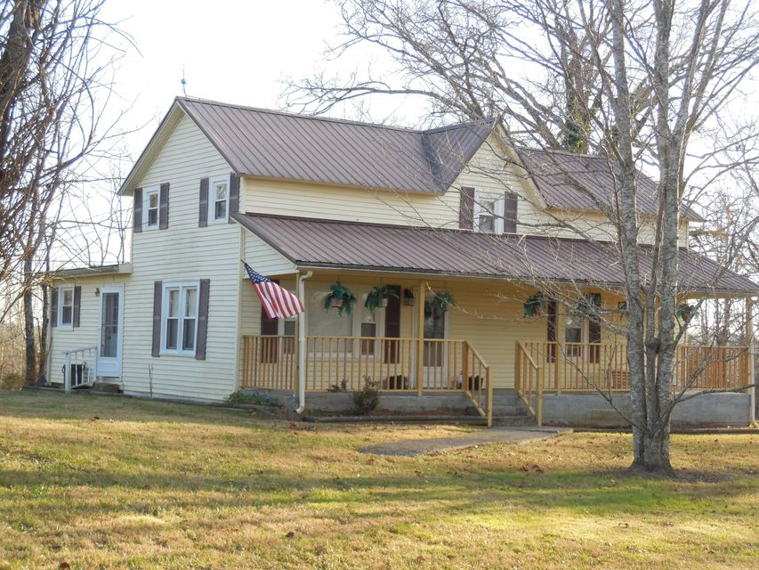 Single Family Home for Sale at 6865 Morgantown Road 6865 Morgantown Road Brownsville, Kentucky 42210 United States