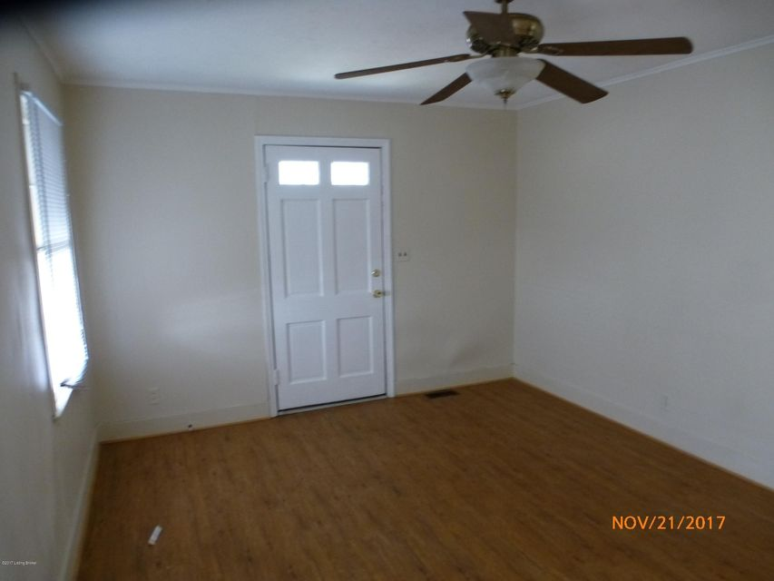 Additional photo for property listing at 1158 Lincoln Avenue 1158 Lincoln Avenue Louisville, Kentucky 40208 United States