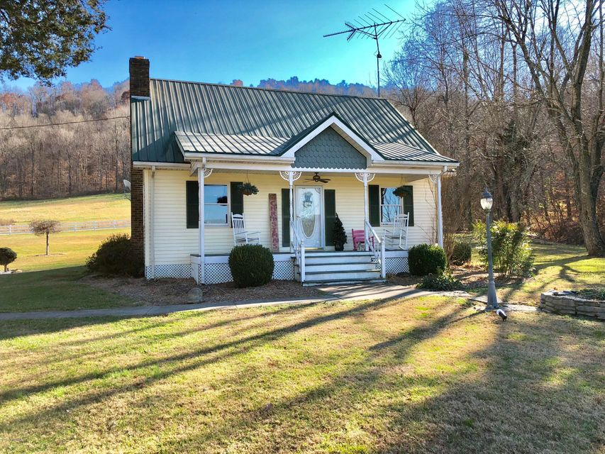 Single Family Home for Sale at 7312 Stiles Road 7312 Stiles Road New Haven, Kentucky 40051 United States
