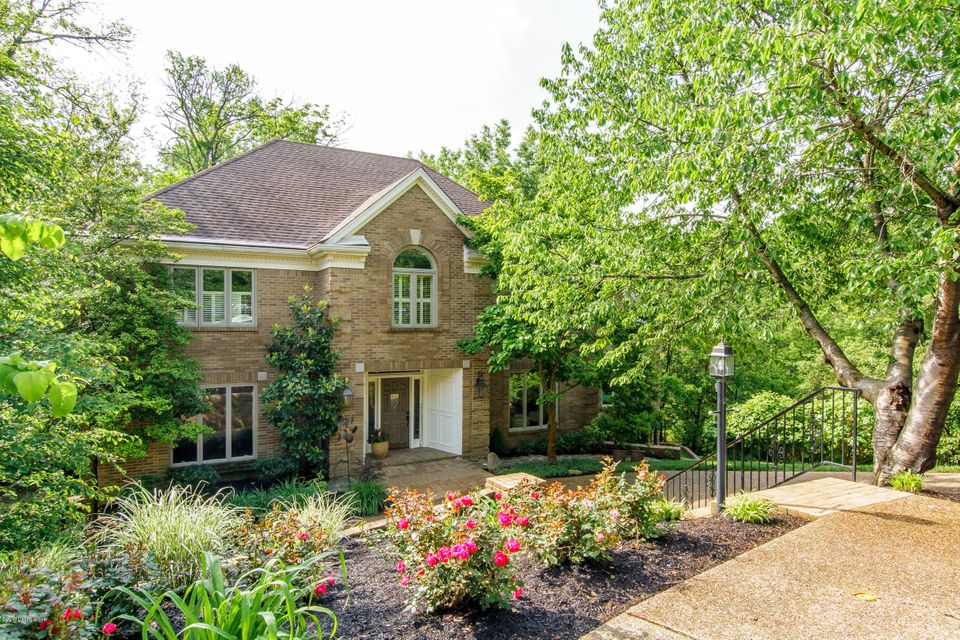 Single Family Home for Rent at 2000 Long Knife Court 2000 Long Knife Court Louisville, Kentucky 40207 United States
