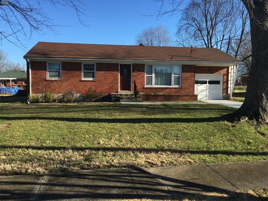 Single Family Home for Rent at 1923 Taffeta Drive 1923 Taffeta Drive Louisville, Kentucky 40272 United States