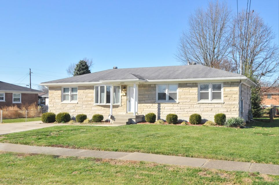Single Family Home for Sale at 6306 Derrick Drive 6306 Derrick Drive Louisville, Kentucky 40216 United States