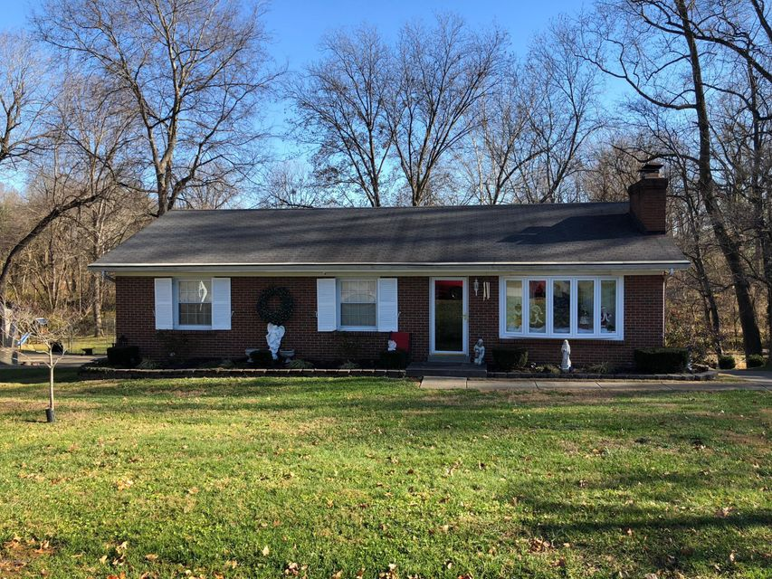 Single Family Home for Sale at 4305 Southridge Drive 4305 Southridge Drive Louisville, Kentucky 40272 United States