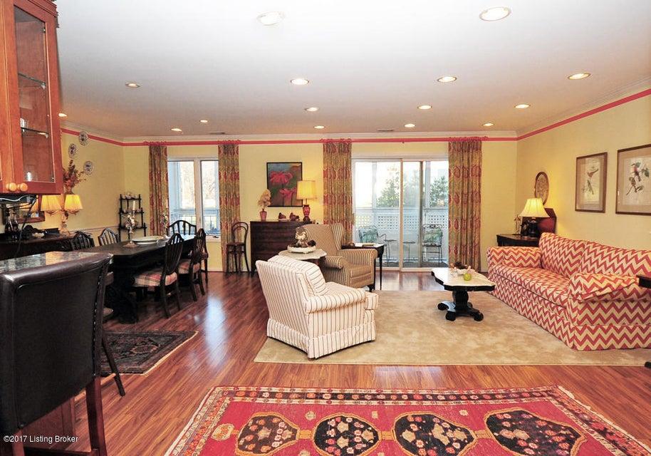 Condominium for Sale at 5100 US-42 5100 US-42 Louisville, Kentucky 40241 United States